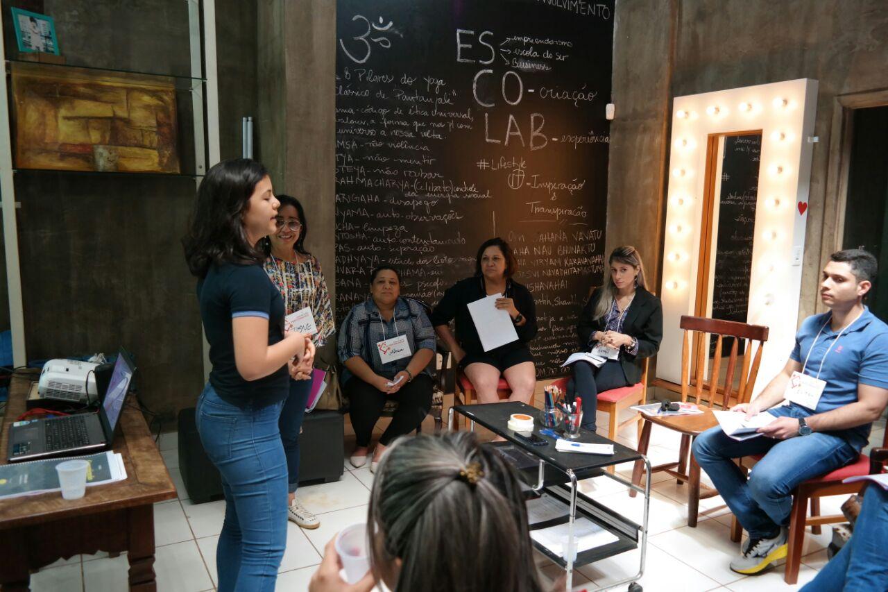 Workshop de Comunicação realizado na ES.CO.LAB da Iris Tavares